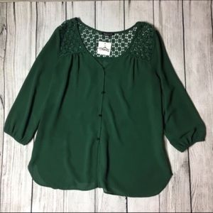 Tops - Must have green blouse